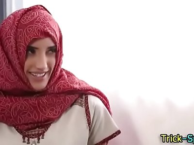Hot Arab hijab girl sex video